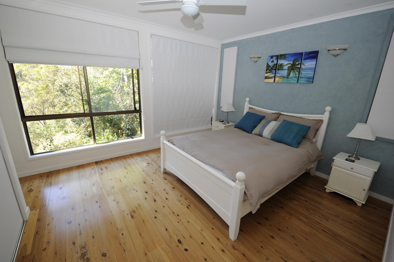 Luxury Queen Size bed